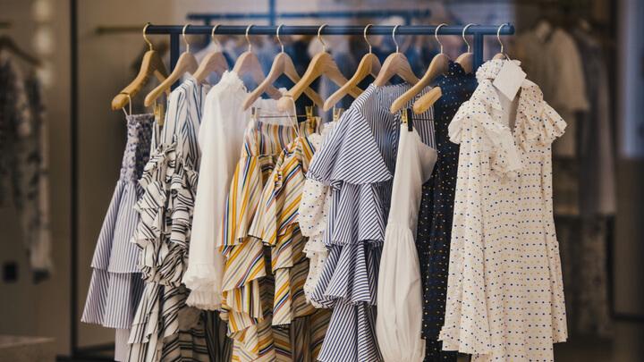 cw-facebook_collection_clothes_rack-w720h405
